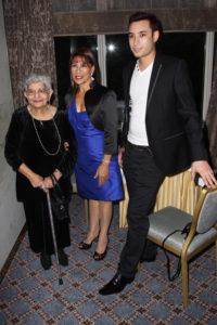 Jer Bulsara, Kashmira i Jamal Cooke - 65 urodziny FReddiego, hotel The Savoy w Londynie - foto Dave Hogan/Getty Images Europe