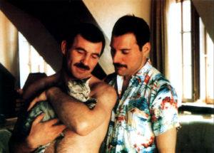 Freddie i Jim z Dorothy, monachijską kotką z sąsiedztwa