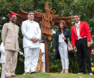 Rzeźba parsów autorstwa Luke'a Perry'ego w Oldbury, fot. http://www.halesowennews.co.uk